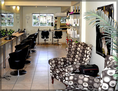 Cizelle Hair Studio in Nelspruit (Mpumalanga) offers hair styling, colouring, maintenance, treatment, bridal hair & make-up and many more beauty services (Hoerskool Nelspruit)